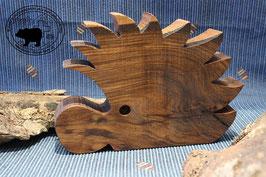 Holzdesign Igel aus dunklem Nussbaumholz