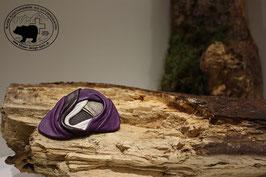 Lederbrosche Violett-Weiss