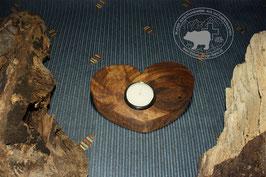 Holz Herz Kerzenständer aus Nussbaumholz /2