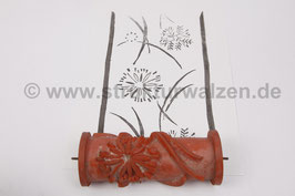 Ringwalze 2020-2109 - mit locker gestreuten Blumen / Blüten