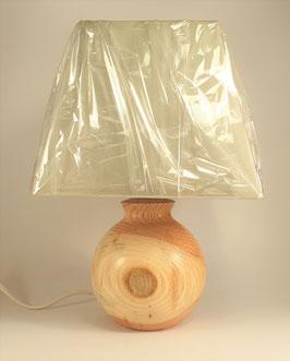 Lampe en bois de prunus (cerisier à fleurs)