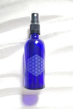 Blauglasfläschchen 100 ml long mit Blume des Lebens