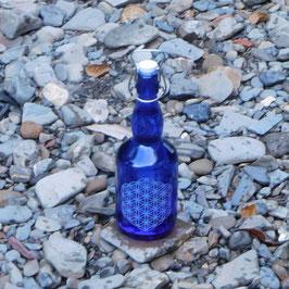 Bügelflasche mit Blume des Lebens V1