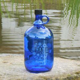Henkelflasche mit Namasté