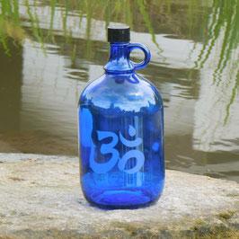 Henkelflasche mit OM