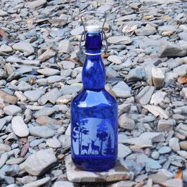 Bügelflasche mit Hirsch und Reh