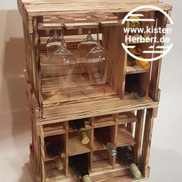 Weinbar mit Weinregal (geflammte Optik)