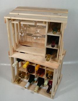 Weinbar mit Weinregal (Naturbelassen)