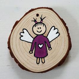 Schutzengel auf Baumscheibe