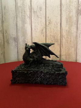 doosje zwarte draak