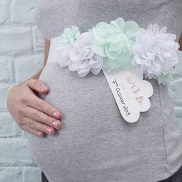 Ceinture baby shower à fleurs vert menthe et blanches