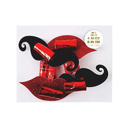 4 sans-gênes moustaches