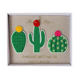 3 broches cactus
