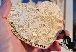 Sauerland-Herz mit der Topografie um den Kahlen-Asten bei Winterberg im Sauerland - Größe ca. 110x90x3mm