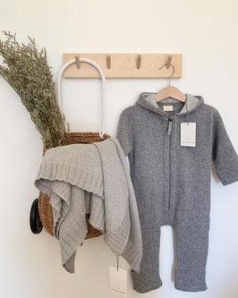 KIND DER STADT Strick-Anzug aus Öko-Wolle, grau