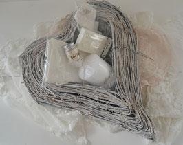 Herz gefüllt mit französischer Seife, Corsagen-Aromastein, Badepuder, Kerze