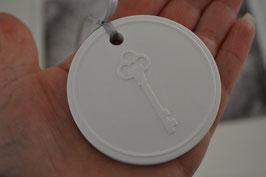 """Gastgeschenk """" Schlüssel zum Herz """" Anhänger Duft-Keramik"""