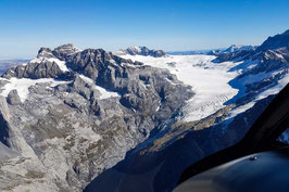 Gletscherflug ab Mollis