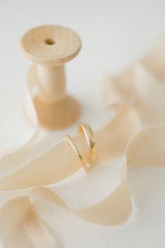 Champagne - dünne, feine Bänder