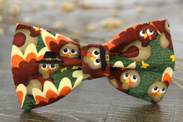 Gobble 'Til You Wobble-Dark Print Bow Tie
