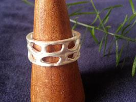 Breiter Ring, aus mattiertem 925 Sterling Silber, R 019