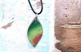 Kette blattförmig grün/ rot gesprenkelt
