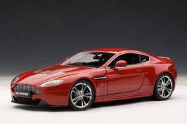 Aston Martin V12 Vantage Coupé 2010-2013 rot