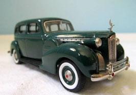 Packard Super 8 Sedan 1935-1940 dunkelgrün