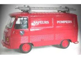 """Peugeot J7 """"VTU Sapeurs Pombiers de l'Essonne 1972 rot"""""""