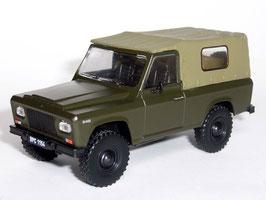 ARO 240 1972-1997 dunkelgrün / beige
