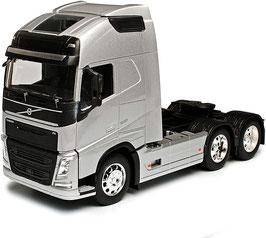 Volvo FH 500 6x4 LKW Zugmaschine seit 2012 silber met. / schwarz