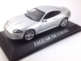 Jaguar XK Coupé Phase I 2006-2009 silber met.