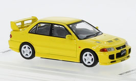 Mitsubishi Lancer EVO III 1995-1996 gelb