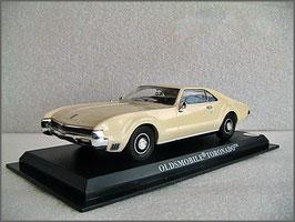 Oldsmobile Toronado 1965-1967 beige