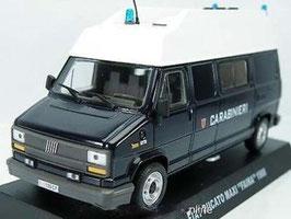 "Fiat Ducato Maxi Faina 1988 ""Carabinieri dunkelblau / weiss"""