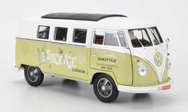 "VW T1b Bus 1960-1963 ""Space Age"" hellgrün / weiss mit Faltdach schwarz"