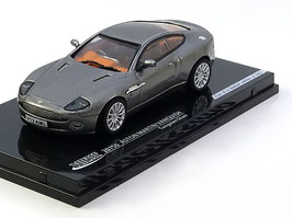 Aston Martin V12 Vanquish 2001-2007 RHD grau met.
