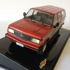 NEU: Chevrolet Veraneio II Custom 1989-1994 dunkelrot / weiss / Brasil