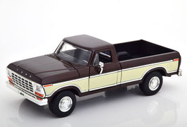 Ford F-100 Pick Up 1970 schwarz / weiss