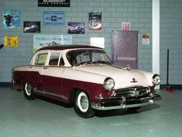 Wolga / GAZ M-21 1956-1968 dunkelrot / weiss
