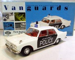 Ford Zephyr 6 MK III 1962-1966 Plymouth City Police weiss / schwarz