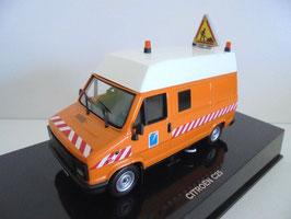 """Citroën C25 DDE Lieferwagen Phase I 1982-1990 """"Strassenunterhaltung orange / weiss"""""""