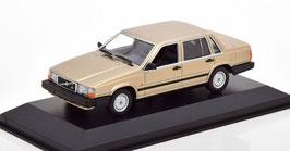 Volvo 740 Limousine Phase I 1984-1989 gold met.