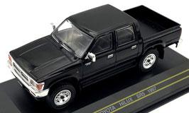 Toyota Hilux SR5 Pick Up Phase I 1997-2002 schwarz / chrom