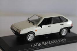 Lada Samara 2109 5-Türer 1987-2004 weiss