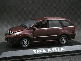 Tata Aria seit 2010 dunkelrot met.