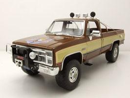 """GMC K-2500 Sierra Grande Wildside 1982  """"TV-Serie Ein Colt für alle Fälle 1981-1986 dunkelbraun / beige"""""""