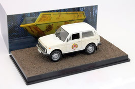 Lada Niva seit 1976 weiss James Bond 007 Edition