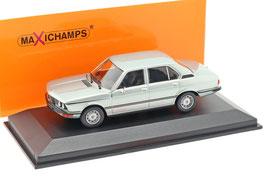 BMW 520 E12 Phase I 1972-1976 hellblau met.