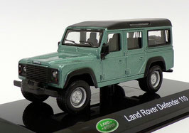 Land Rover Defender 110 2015 hellgrün met. / schwarz
